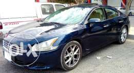 Nissan Maxima F1 full options 2010