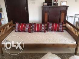 Day bed / Diwan / Single bed