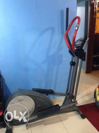Exercising Cycle E-Strider BE6700