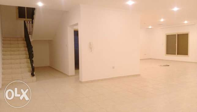 Big villa with 5 bedroom available in Egaila for KD 1400