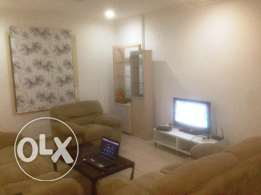 Fully furnished Flat to SHARE (for expats only)