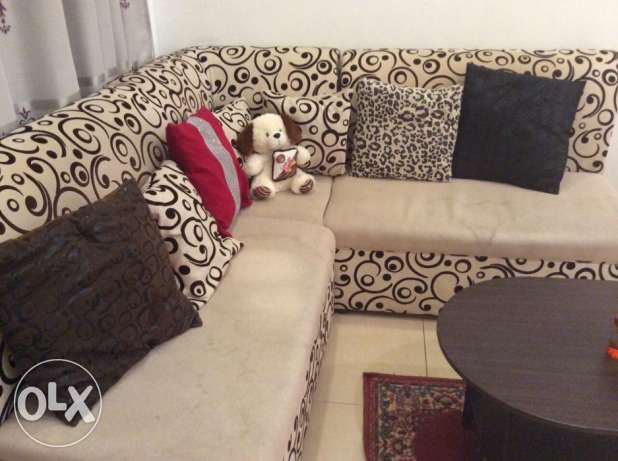 Sofa set 3 piece!! + extra cover + cushions جنوب خيطان -  1