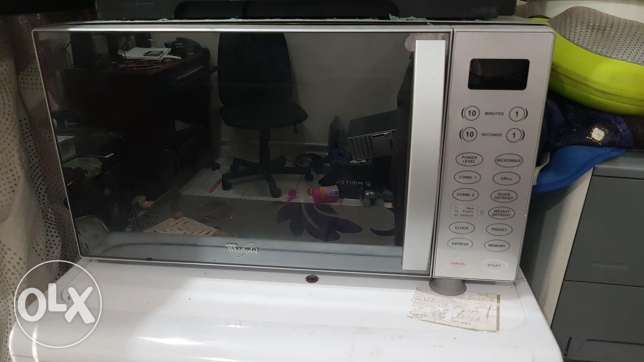 Whirlpool microwave with grill option for sale
