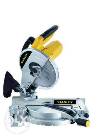 "STANLEY 1500W 10"" Compound Mitre Saw."
