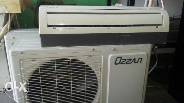 Split Ac 1 ton ozzan comp with remte.