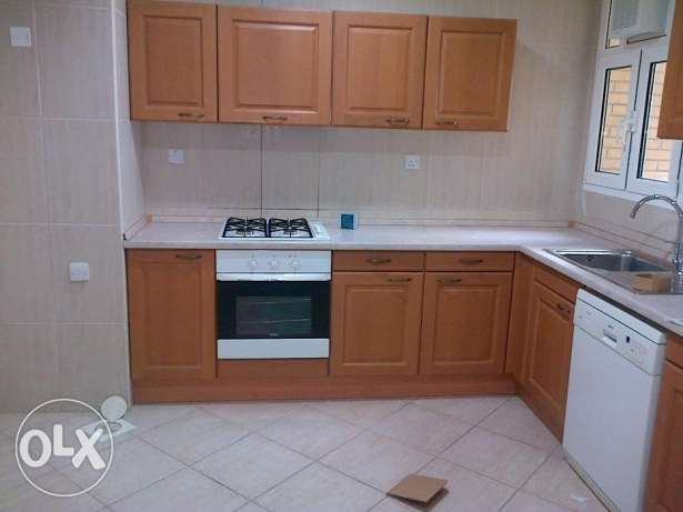 Huge sea view three bedroom flat in Shaab KD 110000 with balcony