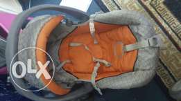 A car seater new used 3 months only quite new best offer