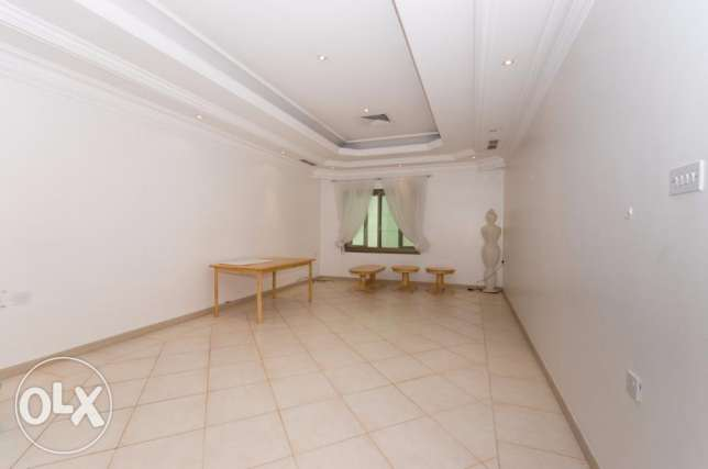 For expats big 3 bdr apt in Salwa