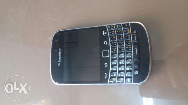 Block berry 9900 good condition