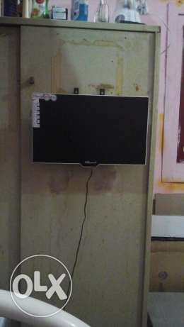 "17"" Bravo LCD TV for Sale"