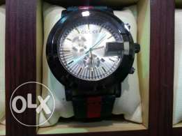 Gucci latest good lookibg branded black and red watch for men
