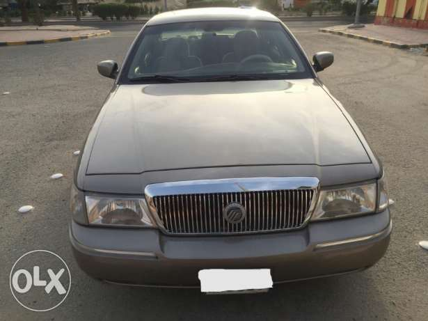 Car for saleGrand marquis LS for sale model 2004 interior and exterior , neat