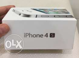 IPhone 4s in excellent condition with box