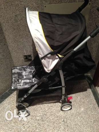 Almost NEW Mothercare baby stroller السالمية -  5