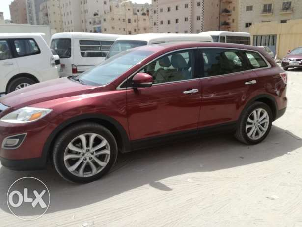 2012 Mazda CX-9 suv. Full option.