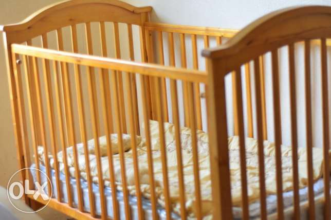 Baby in excellent condition with Mother's care bed