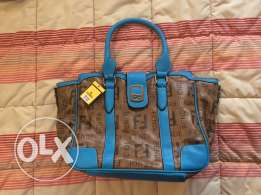 Brand new (fake) Fendi leather bag! phone number working now!!