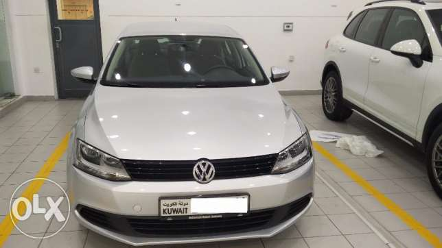 Volkswagen Jetta-2012 model- Well Maintained + Very low mileage