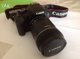 Canon 550D with EFS 18-135 mm IS lens good shape for sale