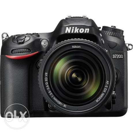 Nikon D7200 with 18-105mm lens on Sale