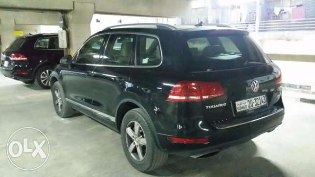 37000 KM Excellent Genuine Black Touareg, Special Model
