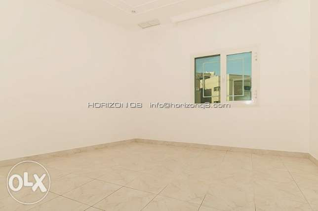 For expats big 3 bdr floor in Salwa سلوى -  5