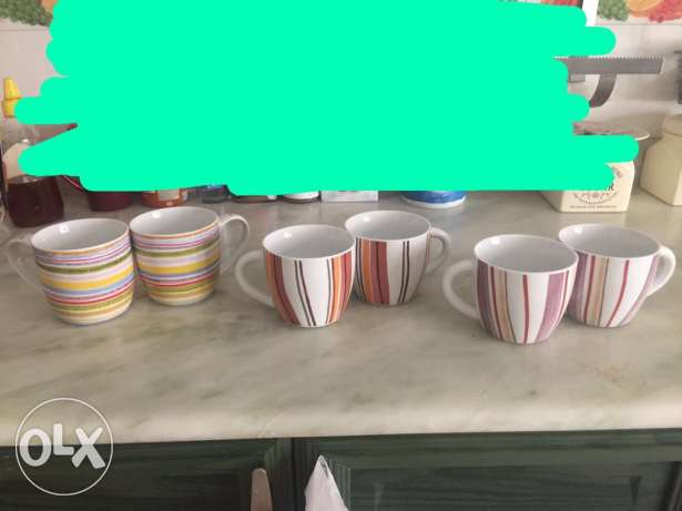 6 mugs for 3 Kd from home center Dubai