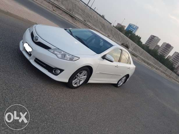 Toyota Camry full options GLX 2013