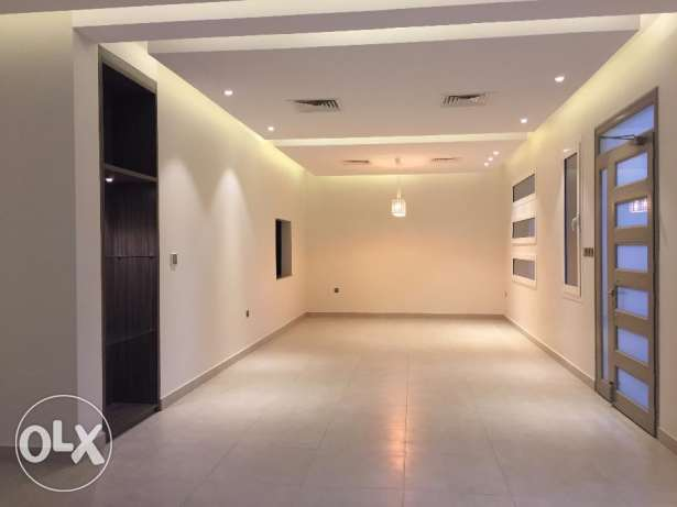 3 Bedroom Duplex -Luxury Brand New villa For Rent Abu Fatira