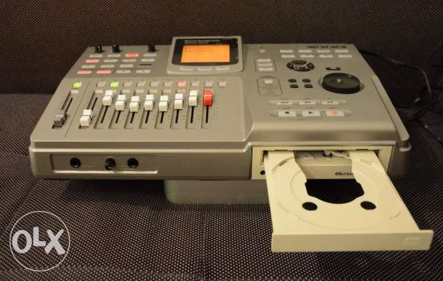 ZOOM MRS-802 Multi channel digital audio recorder!!! Made in Japan