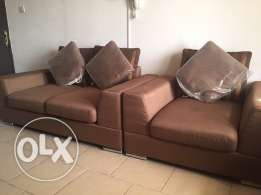 3+2+1 sofa very good condition from Safat home for immediate sale
