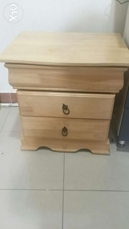 Night table/drawers