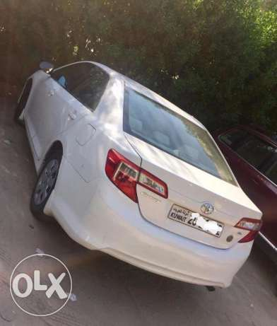 Toyota Camry GL 2012 white color