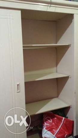 Sliding cupboard with mirror
