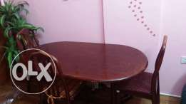 dinig table with 3 chairs 10 kd and 4 door cuboard 15 kd throwaway
