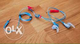 Bose freestyle earphones limited edition Blue/white/red