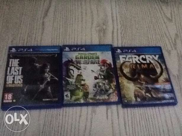 3 ps4 games ( The last of us ) ( Far Cry Primal ) (Plant vs Zombies)