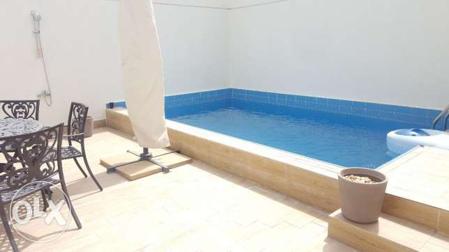 4 BR Floor ( private pool)