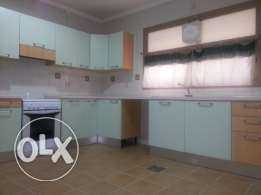Big floor apartment with 4 bedrooms in salwa Kd 1000