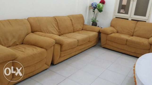 3 pcs Sofa set 1 month used
