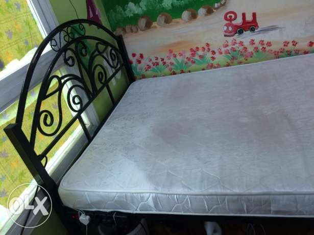 Double Cot king size 120CM and With medical mattress for sale