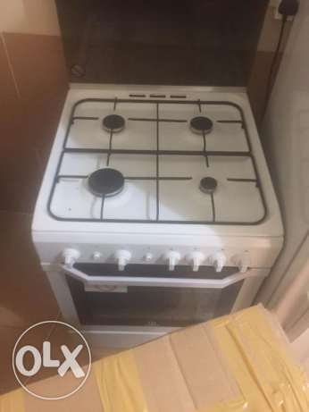 Indesit 4 burner hob