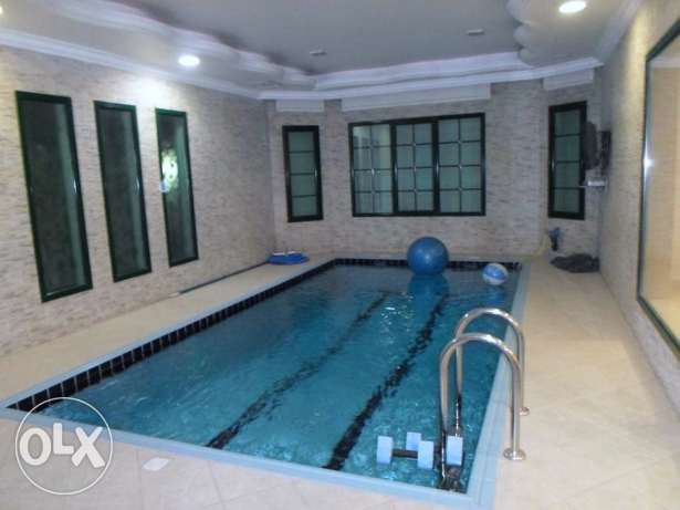 Luxurious private duplex villa with pool and garden in salwa.