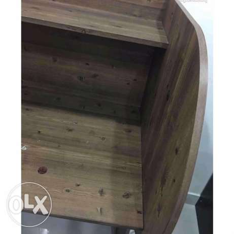 Wooden desk for studying(2 are available) السالمية -  2